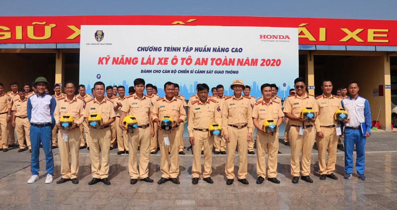 HVN tổng kết chương trình đào tạo lái xe an toàn với Cục Cảnh sát giao thông