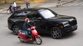 Rolls-Royce Cullinan Black Badge hơn 40 tỷ thứ 2 về Việt Nam