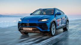 Lamborghini Urus lập kỷ lục tốc độ trên Băng