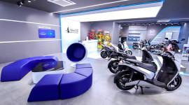 VinFast khai trương đồng loạt 64 showroom xe máy điện