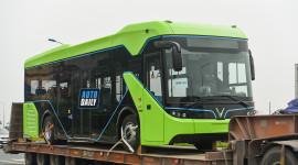 Chùm ảnh loạt xe Bus điện VinFast có mặt tại Hà Nội, sẵn sàng chạy thí điểm