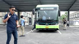 CHẠM MẶT VinBus - Xe bus điện thông minh đầu tiên tại Việt Nam