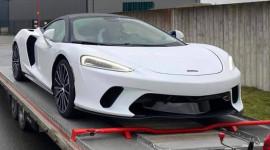 Siêu xe có cốp chứa vừa túi Golf McLaren GT đầu tiên về Việt Nam