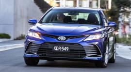 Toyota Camry 2021 nâng cấp ra mắt tại Australia, giá từ 23.920 USD