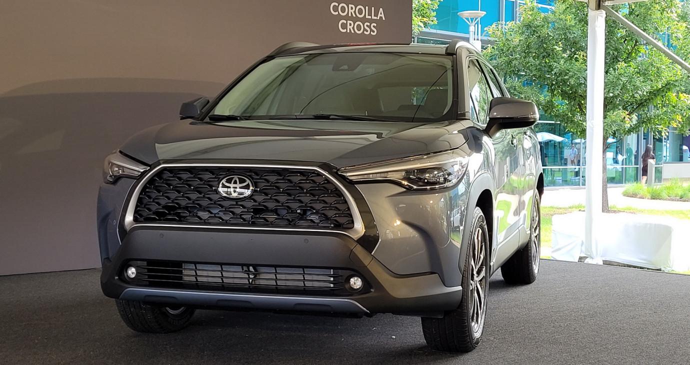 Ảnh thực tế Toyota Corolla Cross 2022 phiên bản Mỹ