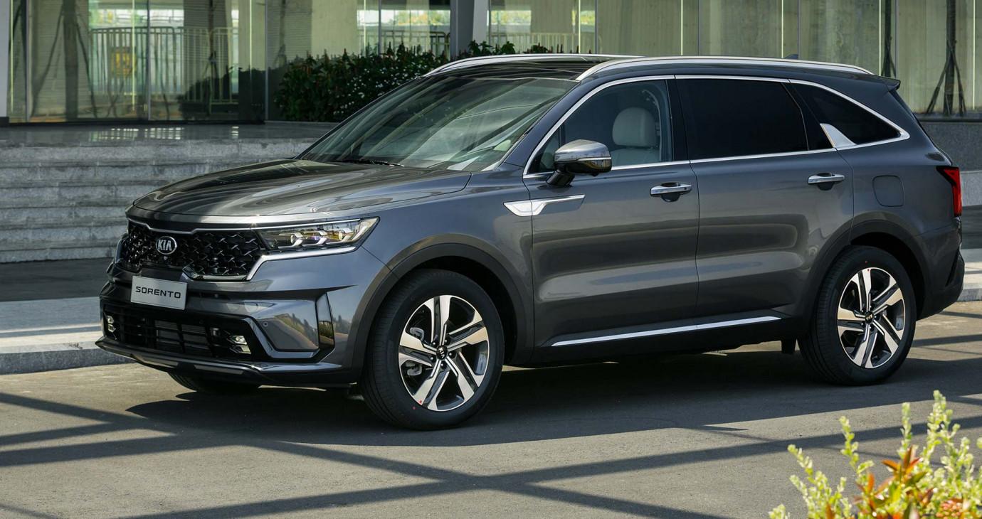 Tháng 6/2021: Ưu đãi đặc biệt dành cho khách hàng mua xe Kia, Mazda