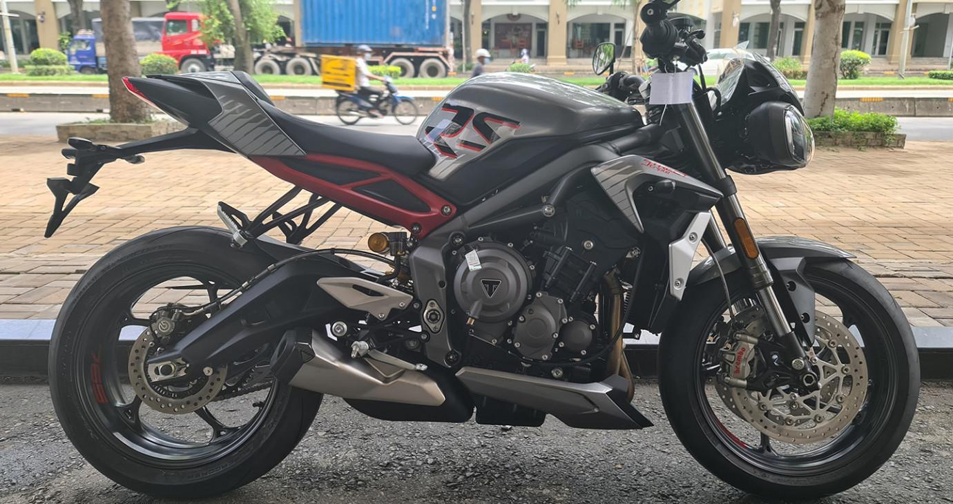Triumph Speed Triple 1200 RS 2021 về Việt Nam, giá hơn 550 triệu đồng