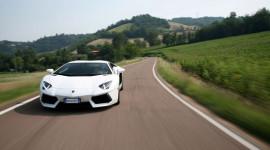 Tại sao Lamborghini Aventador hấp dẫn?