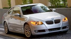 BMW bị phạt 3 triệu đô do chậm thông báo thu hồi xe