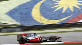 Độc đáo du lịch kết hợp xem đua xe công thức 1