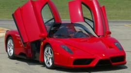 """""""Người kế nhiệm"""" Ferrari Enzo có sức mạnh 920 mã lực"""