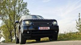 Range Rover - Mạnh mẽ và sang trọng