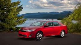 Toyota lạc quan về thị trường năm 2012