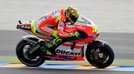 Rao bán xe đua của Rossi và Stoner