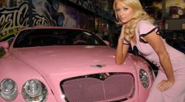 Sở thích chơi xe của các kiều nữ Hollywood