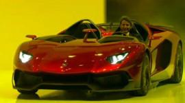 Lamborghini Aventador mui trần trình làng