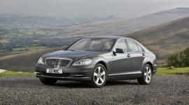 Mercedes-Benz S-Class giành giải thưởng Xe sang 2012