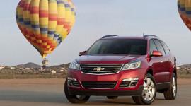 GM ra mắt SUV đẹp, giá mềm