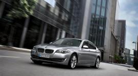 BMW Euro Auto tặng quà ngày 8-3
