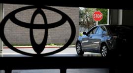 """Tài liệu mật """"tố"""" lỗi tăng tốc đột ngột của xe Toyota"""
