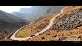 Cùng Toyota Fortuner 2012 vượt cao nguyên đá