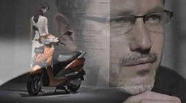 """Honda dùng tượng đài """"Apple"""" quảng cáo cho SCR"""