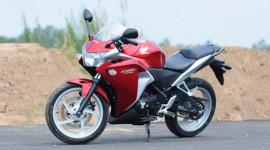 Honda CBR250R: Không dành cho người ít tiền!