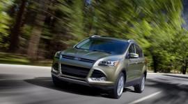 Vừa công bố giá, Ford nhận 8.000 đơn đặt hàng Escape 2013