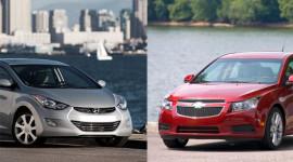 Hyundai Elantra vs Chevrolet Cruze: Ngang sức ngang tài