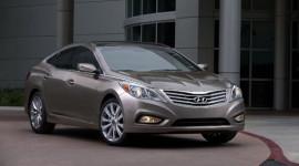 """Hyundai Azera 2012 giành giải thưởng """"Xe an toàn"""""""