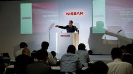 """Nissan muốn """"vương miện"""" của Toyota"""
