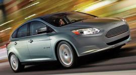 Ford Focus chạy điện đã sẵn sàng đến các đại lý