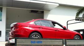Cận cảnh BMW 320i 2012 tại Việt Nam