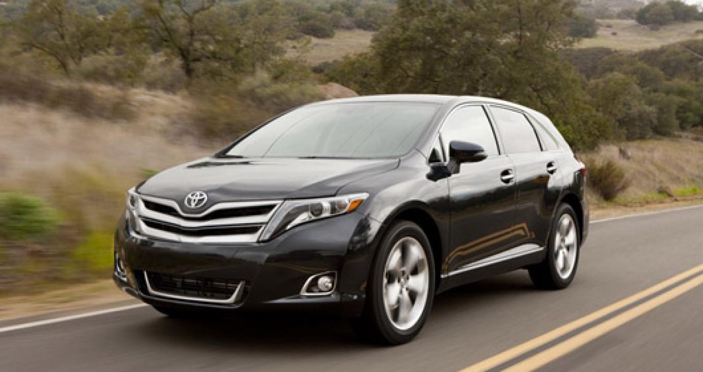Toyota Venza 2013 có giá từ 27.700 USD