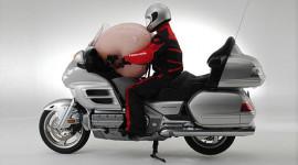 Honda Gold Wing - Xe máy đầu tiên có túi khí