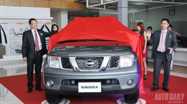 Khai trương thêm đại lý, Nissan ra mắt Navara số tự động