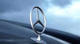 Mercedes-Benz và biểu tượng ngôi sao 3 cánh