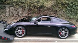 Porsche 991 của Lindsay Lohan nát đầu vì tai nạn
