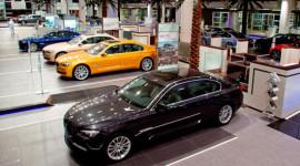 BMW lập kỷ lục doanh số bán hàng