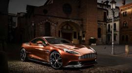 Cận cảnh Aston Martin Vanquish giá gần 300.000 USD