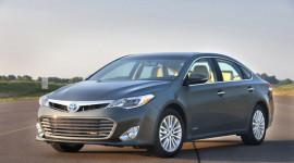 Công bố động cơ của Toyota Avalon 2013