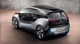 BMW dừng đàm phán với GM về pin nhiên liệu