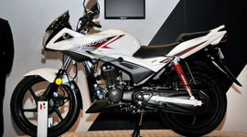 Xuất hiện xe côn tay 125cc giá rẻ giống Honda