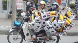 Nhà báo Mỹ nói về 'sự hỗn loạn và mánh khóe' lái xe máy ở VN
