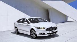 Hoãn ra mắt Ford Mondeo 2013