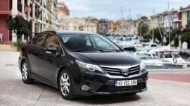 Toyota Corolla 2013 có giá chỉ từ 350 triệu đồng