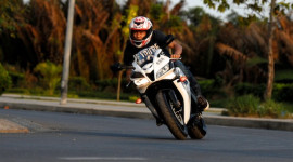 Honda CBR600RR Phoenix: Chiến binh đường phố