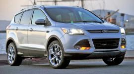 Ford thu hồi Escape 2013