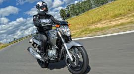Yamaha ra mắt xe đầu tiên sử dụng nhiên liệu hỗn hợp
