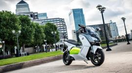 BMW C Evolution – scooter không khí thải